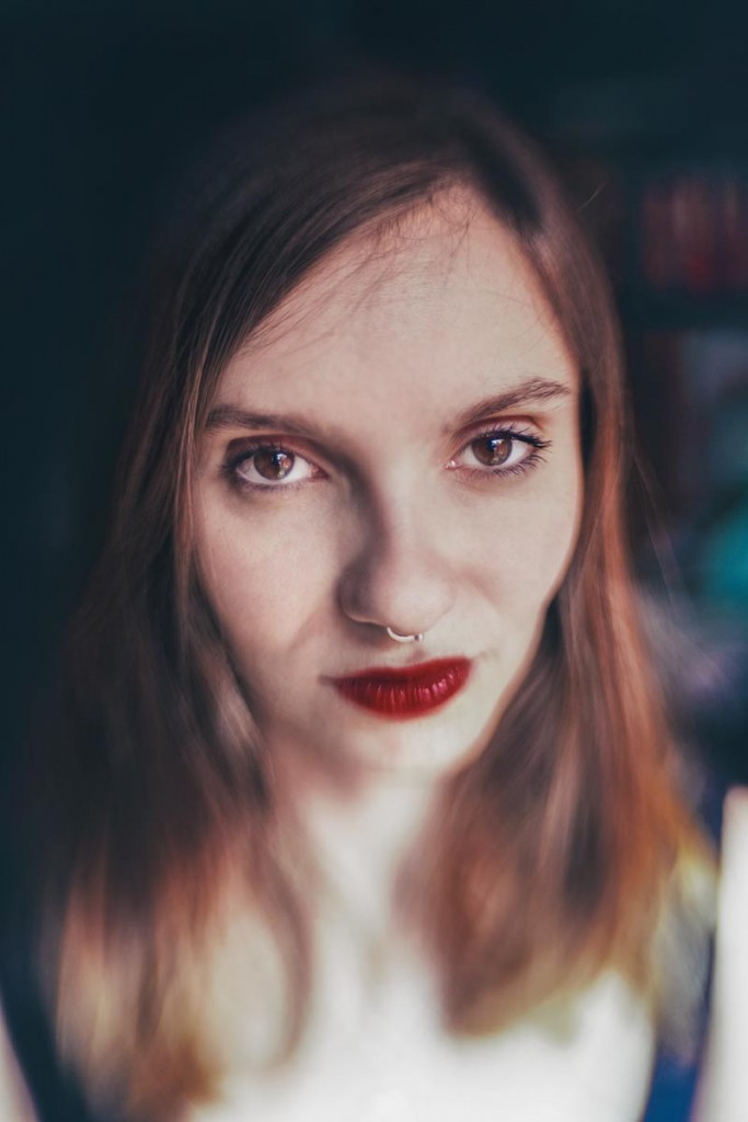 La poeta A.Z. Phadrig. Fotografía de Jaure Mur.