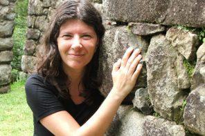 Cuando rebasa el mar. Antología de poesía femenina argentina VIII