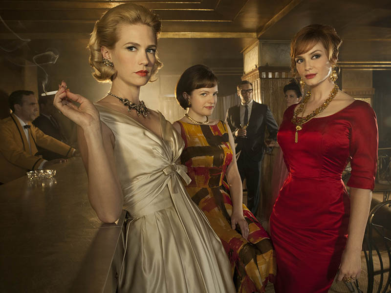 (L-R) Betty Draper (January Jones), Peggy Olson (Elisabeth Moss) and Joan Harris (Christina Hendricks) - Mad Men - Season 4 - Gallery - Photo Credit: Frank Ockenfels/AMC