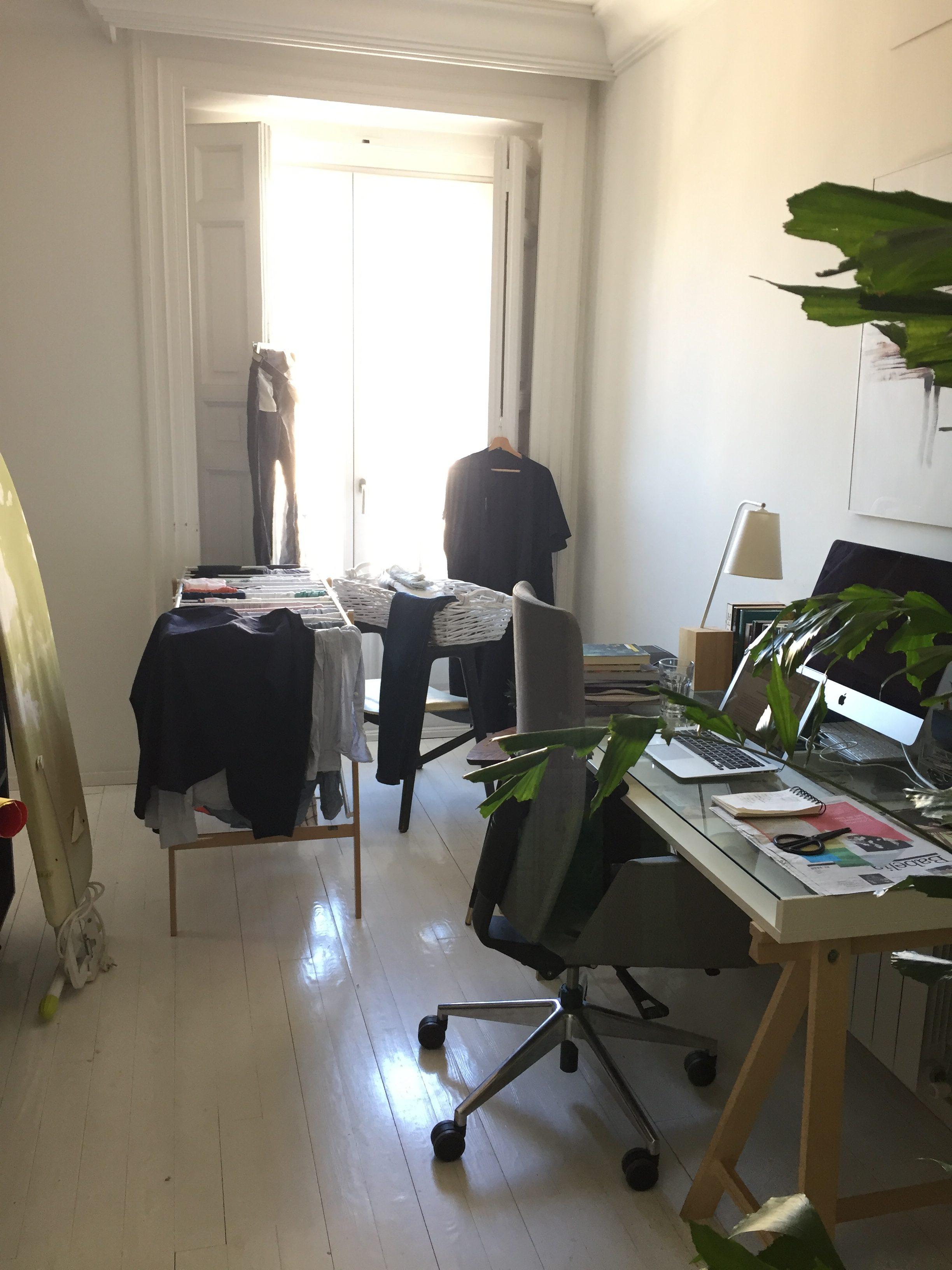 El cuarto de escribir y de planchar | La tribu